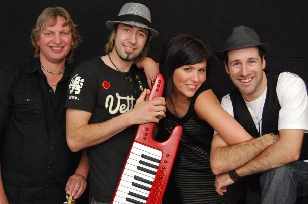 Mr Buzzy & The Big Band Theory – Entertainment Bureau – Book and Contact Adelaide Based Wedding and Corporate Cover Bands