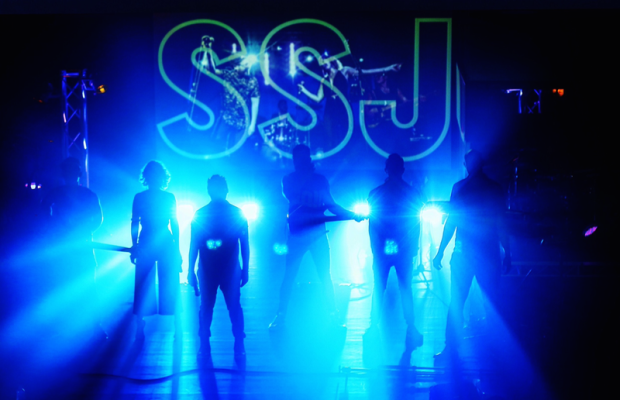 Sexy Sunday Jam – Entertainment Bureau – Book or contact Sydney based wedding and Corporate events cover bands