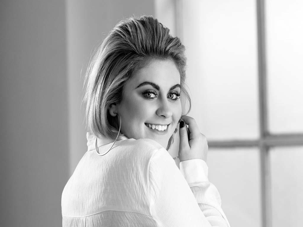 Ellie Drennan - Entertainment Bureau - Book The Voice Finalists and Contestants