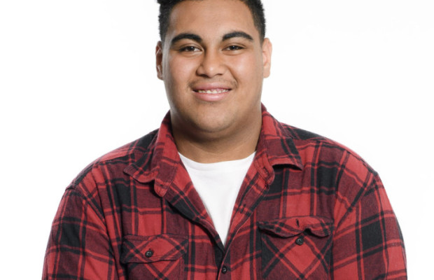 Hoseah Partsch – Entertainment Bureau – Book Contestants and Finalists from the Voice