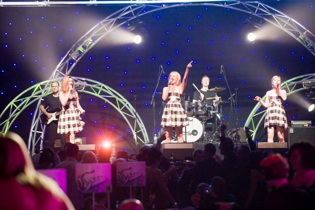 Flirt Adelaide Wedding & Corporate Cover Band