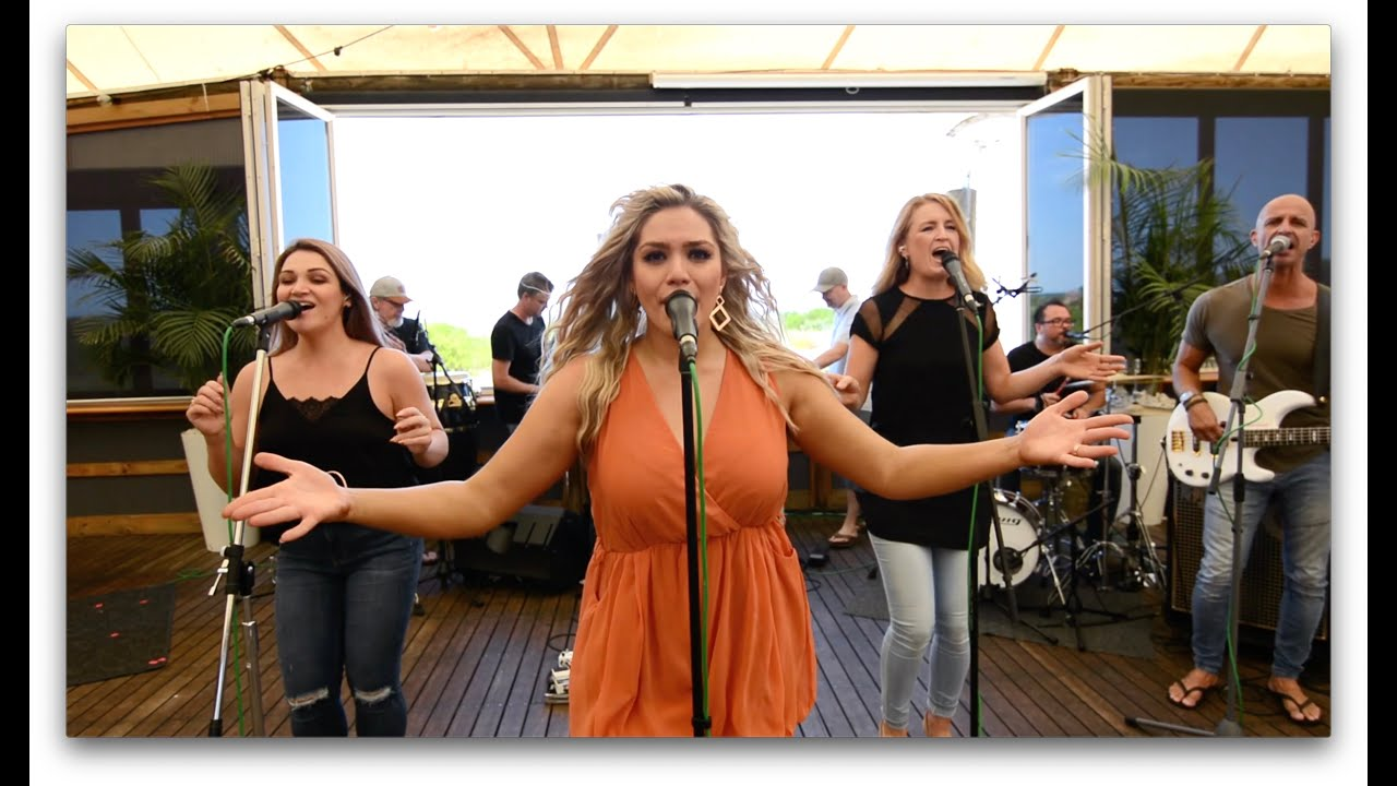 Hindley Street Country Club - Entertainment Bureau - Book or contact Adelaide based wedding and Corporate event cover bands
